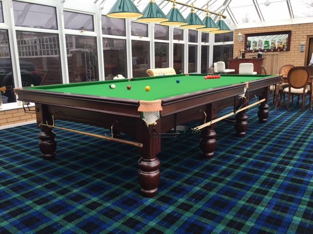 Beautiful Riley Club Full Size Mahogany Snooker Table ...