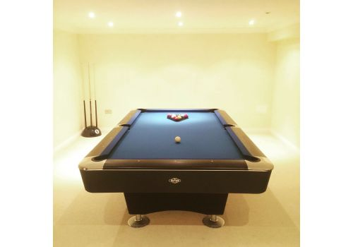 Buffalo   Dominator   Black   American Pool Table   8ft & 9ft   Elite Pro Royal Blue