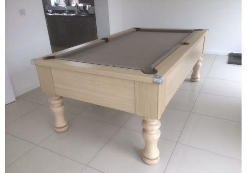 CryWolf Light Oak Turned/Round Leg Pool Table with Smart Sage Cloth