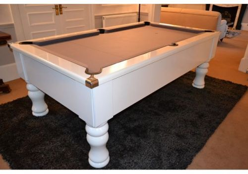 CryWolf Gloss White Turned/Round Leg Pool Table with Smart Silver cloth