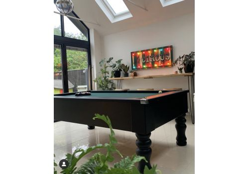 Cry Wolf Geordie Pool Table in Matt Black with Round/Turned Legs and Smart Ranger Green Cloth