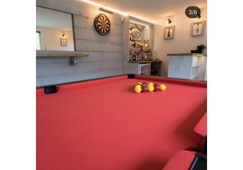 Cry Wolf Geordie Pool Table in Matt Black with Round/Turned Legs and Smart Red Cloth